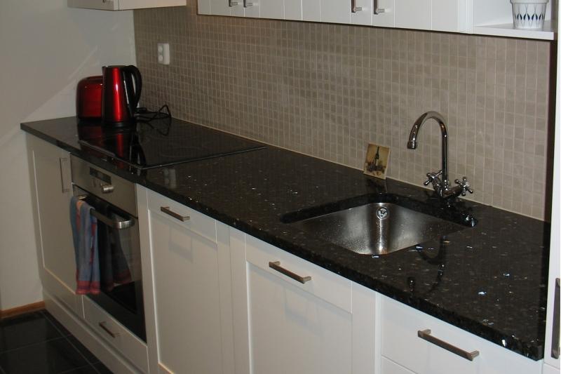 Granite Emerald Pearl Stone Worktops For Kitchen